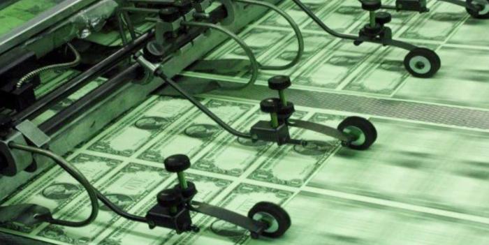Доллар пользуется привилегиями, но он их заслужил
