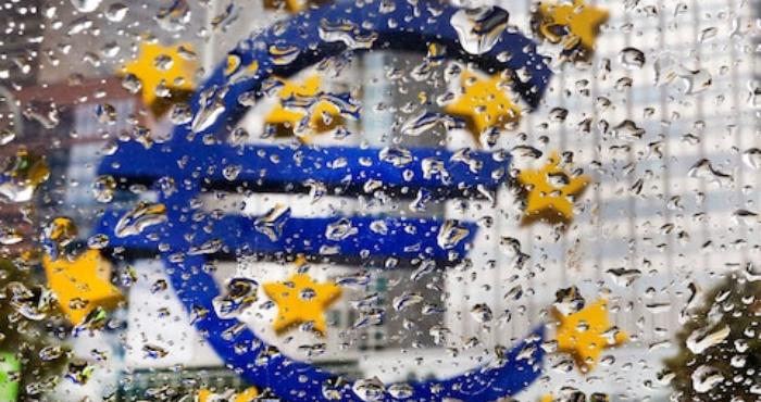 Почему за 20 лет евро так и не смог реализовать свои амбиции