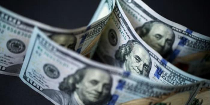 Ни падение экономики США на 30%, ни интервенция не остановят рост доллара