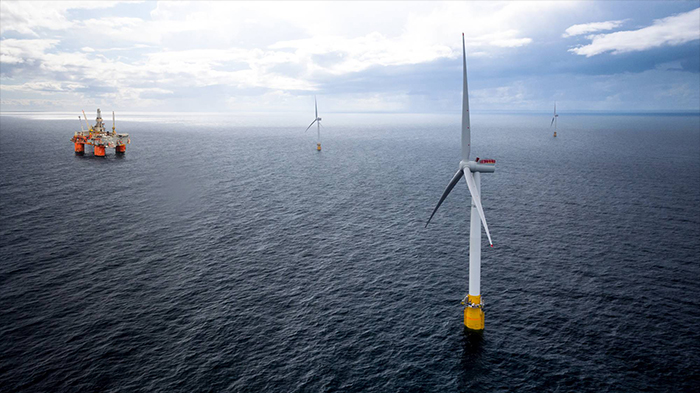 В ветряки на шельфе США будет вложено почти столько же, сколько в добычу  нефти и газа | ProFinance.Ru