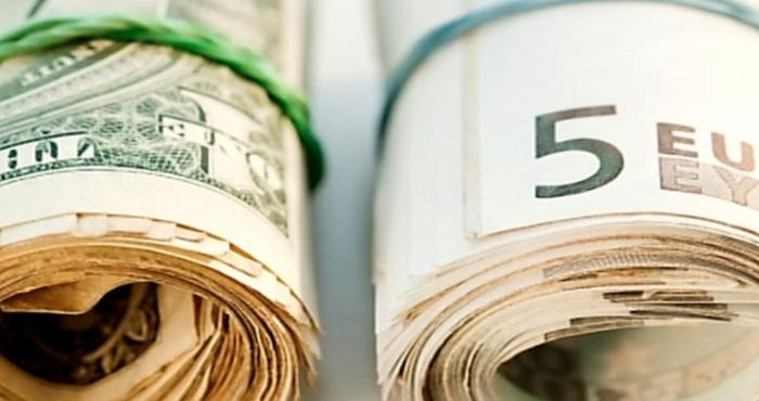Слабый доллар не поможет мировой экономике