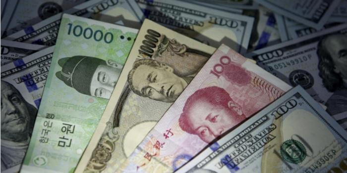 Доллар возвращает любовь капризной публики