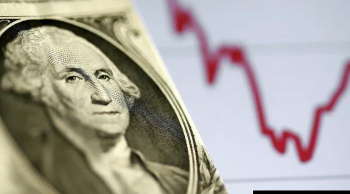 Доллар на грани глубокого обвала, и статус защитного актива его не спасет