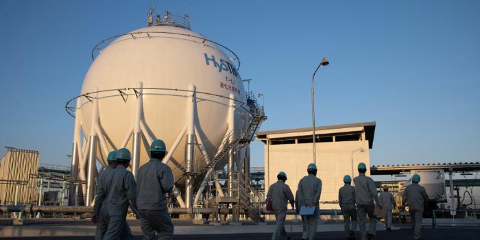 Японія відмовилась від нафти та газу