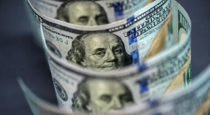 Кажется, что доллару конец, но это не так