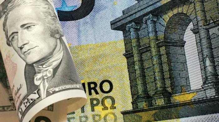 Надежды на восстановление экономики растут, а с ними и доллар