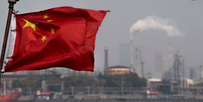 Китай пытается контролировать горячие деньги и не обжечься